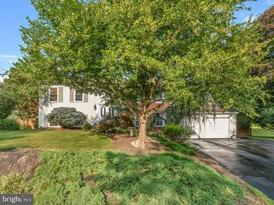 18433 WACHS TER, OLNEY, MD 20832 - Photo 2