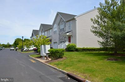 12 DINA LN, SOMERSET, NJ 08873 - Photo 2