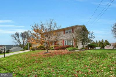 2212 DOVER RD, HARRISBURG, PA 17112 - Photo 2