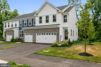 405 WYNSTONE CT, COLMAR, PA 18915 - Photo 1