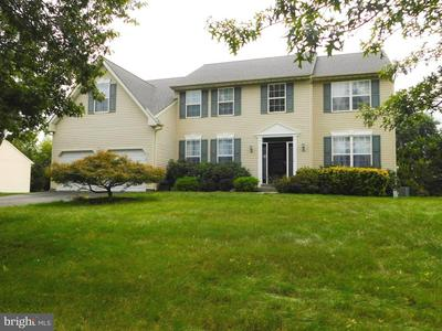 2310 MCARTHUR DR, HATFIELD, PA 19440 - Photo 1