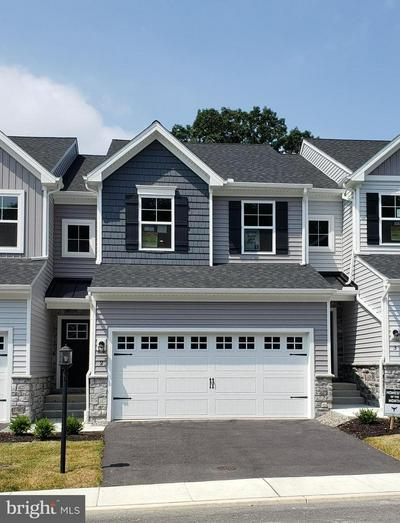 11 WOODS DR, CAMP HILL, PA 17011 - Photo 1