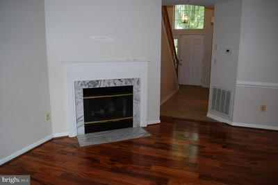 19928 DUNSTABLE CIR # 204, Germantown, MD 20876 - Photo 2