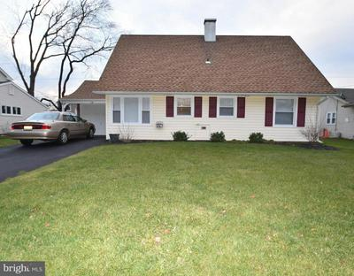 114 SOMERSET DR, WILLINGBORO, NJ 08046 - Photo 1