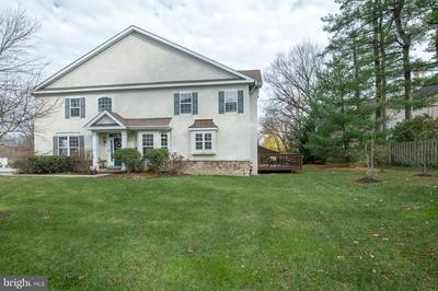 600 ROLLING HILL DR, PLYMOUTH MEETING, PA 19462 - Photo 2