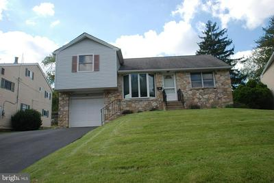205 GREYHORSE RD, WILLOW GROVE, PA 19090 - Photo 1