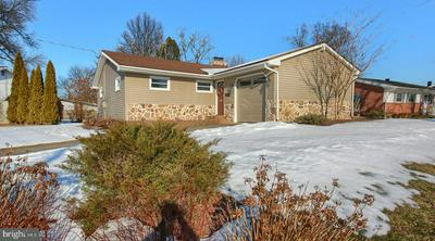 209 E CLEARVIEW DR, CAMP HILL, PA 17011 - Photo 2