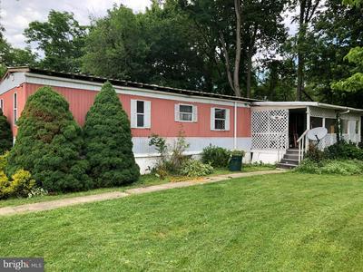 126 BENTLEY LN, Middletown, PA 17057 - Photo 1