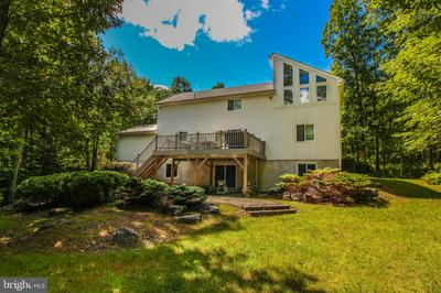 382 LOWER SEESE HILL RD, CANADENSIS, PA 18325 - Photo 2