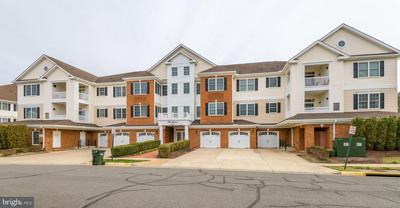 15231 ROYAL CREST DR APT 206, HAYMARKET, VA 20169 - Photo 1