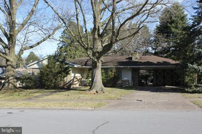 909 CENTER ST, MILLERSBURG, PA 17061 - Photo 2