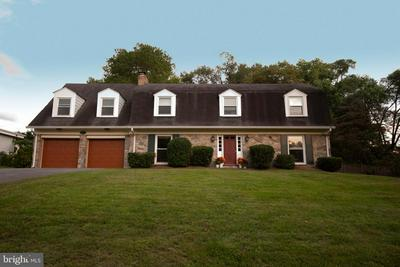 14205 N GATE DR, SILVER SPRING, MD 20906 - Photo 1