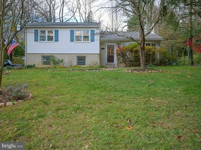 301 WOODRIDGE LN, MEDIA, PA 19063 - Photo 1