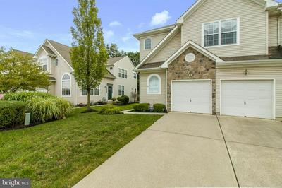 18 CYPRESS POINT RD, MOUNT HOLLY, NJ 08060 - Photo 1