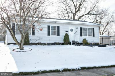 529 ENGARD AVE, PENNSAUKEN, NJ 08110 - Photo 2