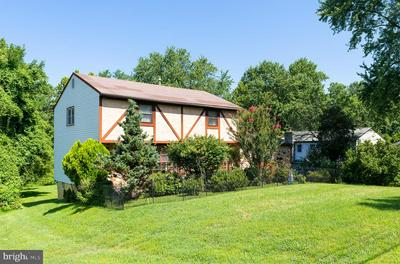 1612 PENNYPACK RD, HUNTINGDON VALLEY, PA 19006 - Photo 2