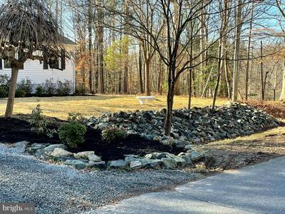 12076 WHITE BARK RD, RUTHER GLEN, VA 22546 - Photo 2