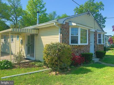 402 W EVESHAM RD, Glendora, NJ 08029 - Photo 2