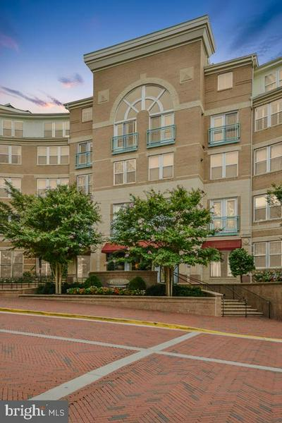 12001 MARKET ST APT 253, RESTON, VA 20190 - Photo 1