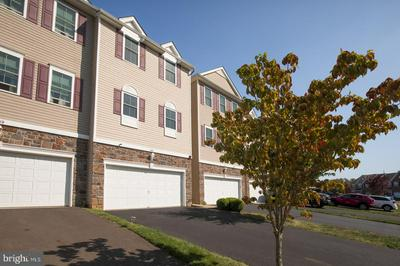 141 SADDLEBROOK DR, BENSALEM, PA 19020 - Photo 2