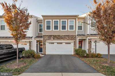 23609 ROSE LEIGH TER, BRAMBLETON, VA 20148 - Photo 1