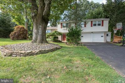 112 GLENDALE DR, HUNTINGDON VALLEY, PA 19006 - Photo 2
