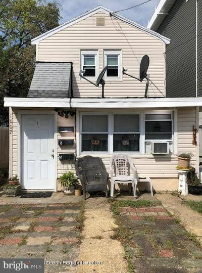 1007 BARNEGAT AVE, SEASIDE HEIGHTS, NJ 08751 - Photo 1