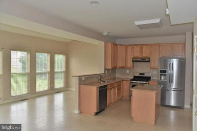 263 S 33RD ST, ALLENTOWN, PA 18104 - Photo 2