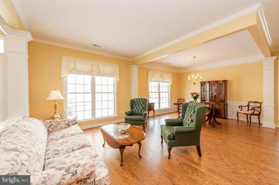 401 HIGH EARLS RD, WESTMINSTER, MD 21158 - Photo 2
