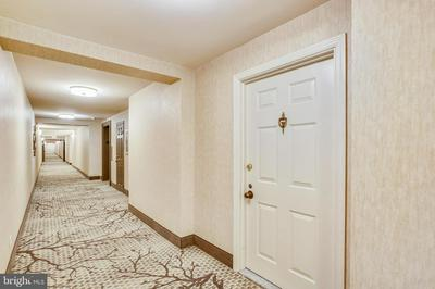 11410 STRAND DR # R-401, ROCKVILLE, MD 20852 - Photo 2