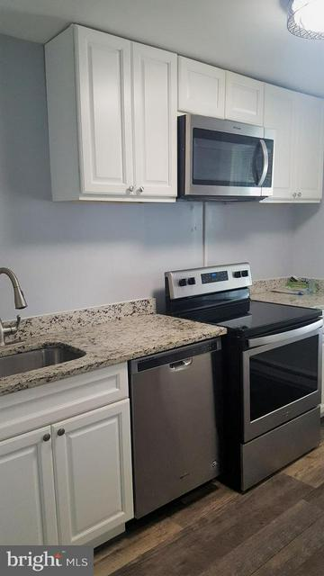 6556 PARNELL AVE, BALTIMORE, MD 21222 - Photo 2