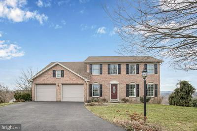 5 HILLTOP CIR, MECHANICSBURG, PA 17055 - Photo 1