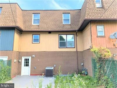 426 DOYLE ST, ELIZABETH, NJ 07206 - Photo 2