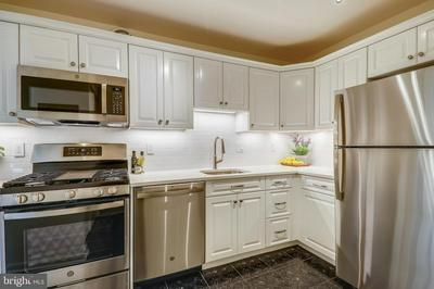 4620 N PARK AVE APT 507E, CHEVY CHASE, MD 20815 - Photo 1