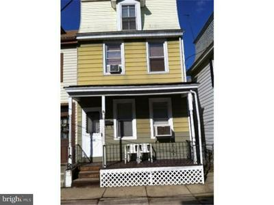 323 PENN ST, BURLINGTON, NJ 08016 - Photo 1
