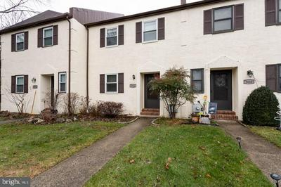 912 HOLLYVIEW LN, WEST CHESTER, PA 19380 - Photo 1