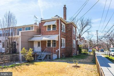 3860 CALVERT ST NW, WASHINGTON, DC 20007 - Photo 2