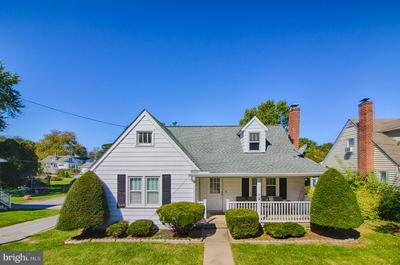 310 FAIR AVE, WESTMINSTER, MD 21157 - Photo 1