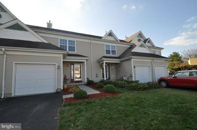 25 STRATFORD CT, BURLINGTON, NJ 08016 - Photo 2