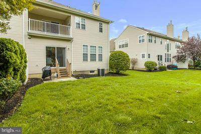 18 CYPRESS POINT RD, MOUNT HOLLY, NJ 08060 - Photo 2