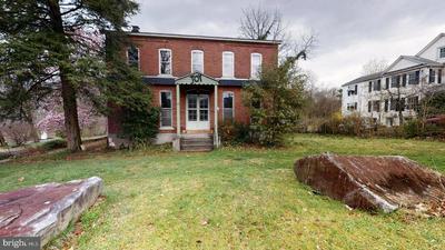 62 SPRING MOUNT RD, SCHWENKSVILLE, PA 19473 - Photo 1