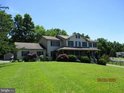 860 HORN RD, RED LION, PA 17356 - Photo 2