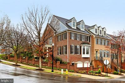 2100 21ST RD N, ARLINGTON, VA 22201 - Photo 2
