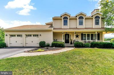 105 MIDWAY DR, Dillsburg, PA 17019 - Photo 1