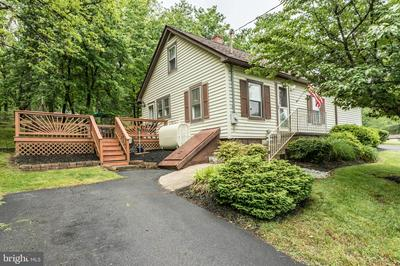 304 BLOOMERY PIKE, CROSS JUNCTION, VA 22625 - Photo 2