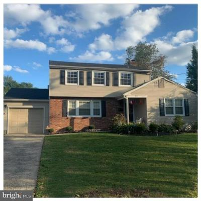 929 EDGEMOOR RD, CHERRY HILL, NJ 08034 - Photo 1