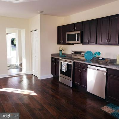 2902 W WOODWELL RD, BALTIMORE, MD 21222 - Photo 2