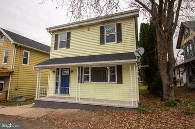 208 ARMSTRONG ST, HALIFAX, PA 17032 - Photo 2