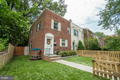2937 LANDOVER ST, ALEXANDRIA, VA 22305 - Photo 1