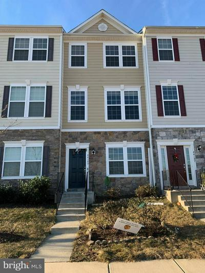 44149 EASTGATE VIEW DR, CHANTILLY, VA 20152 - Photo 1